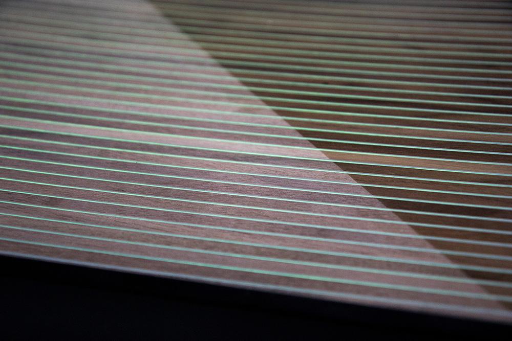 Ansicht Musterbox 20, Materialkombination von Holz, Metall und mehr